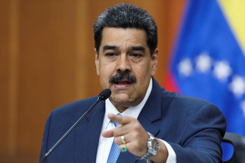Maduro fala em entrevista coletiva nesta sexta-feira (14) — Foto: Reuters/Fausto Torrealba