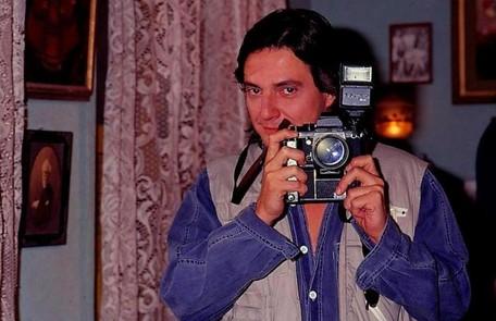 Em 'Pedra sobre pedra' (1992), Jorge Tadeu (Fábio Júnior) foi assassinado após seduzir várias mulheres de Resplendor. O seu espírito, no entanto, aparecia para aquelas que comiam a flor que brotava de seu túmulo. Elas ficavam perdidamente apaixonadas TV Globo