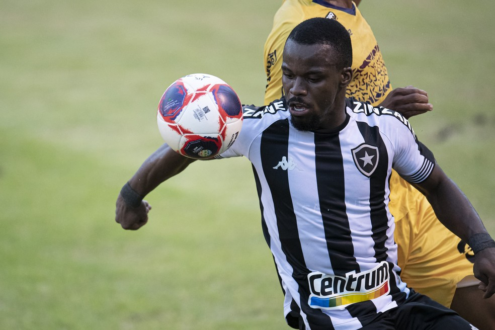 Kayque, volante do Botafogo  — Foto: Jorge Rodrigues/Agência Estado