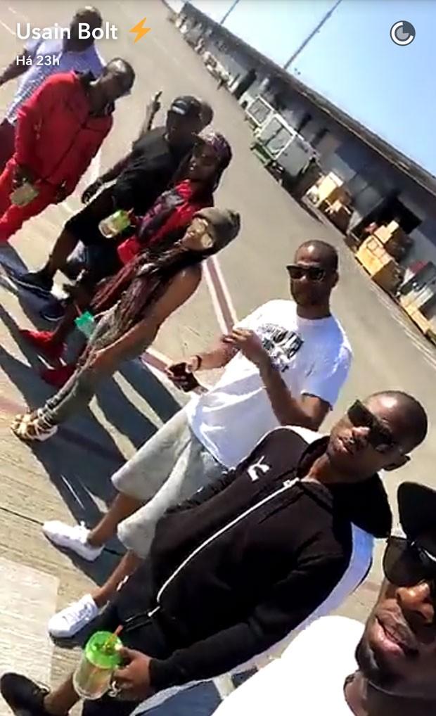 MidiaNews   Animadinho, Usain Bolt curte muito Carnaval em