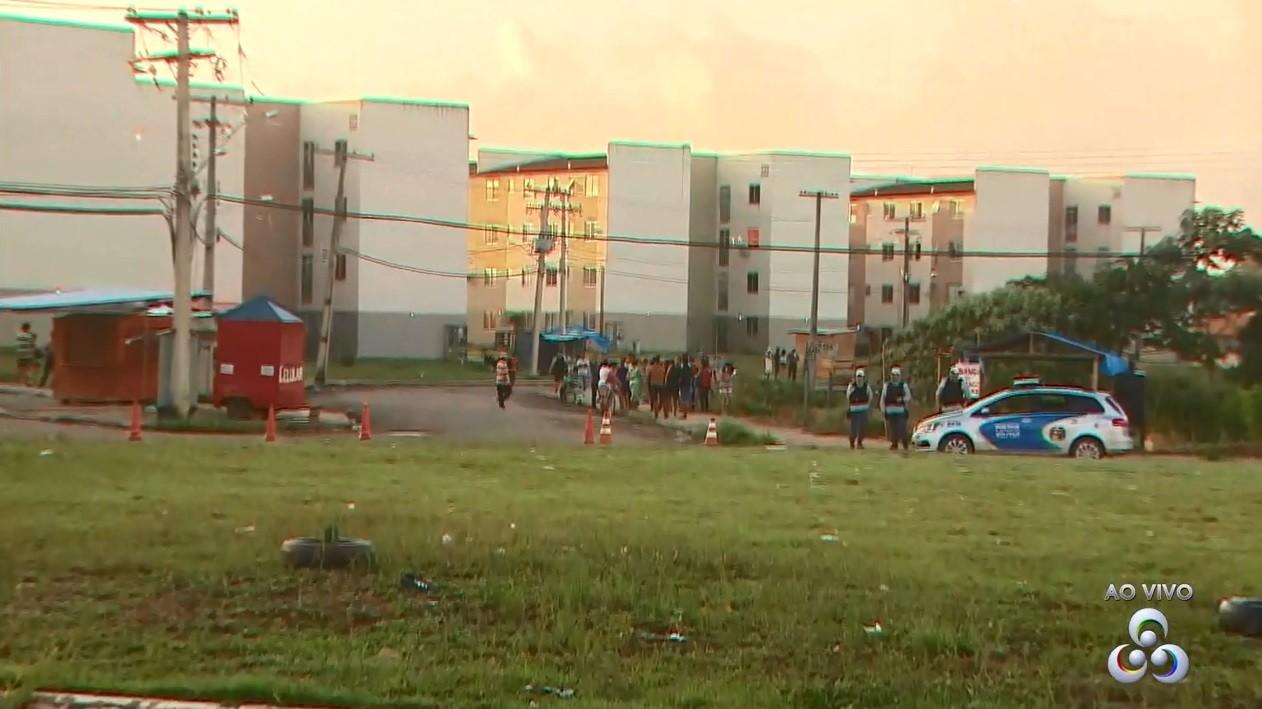 Apartamentos ocupados irregularmente são reintegrados em residencial no AP