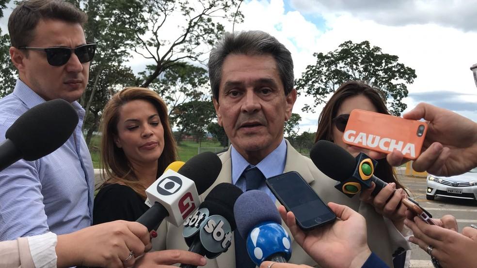 O ex-deputado Roberto Jefferson, presidente nacional do PTB, ao anunciar a nomeação da filha, Cristiane Brasil, como ministra do Trabalho (Foto: Guilherme Mazui / G1)