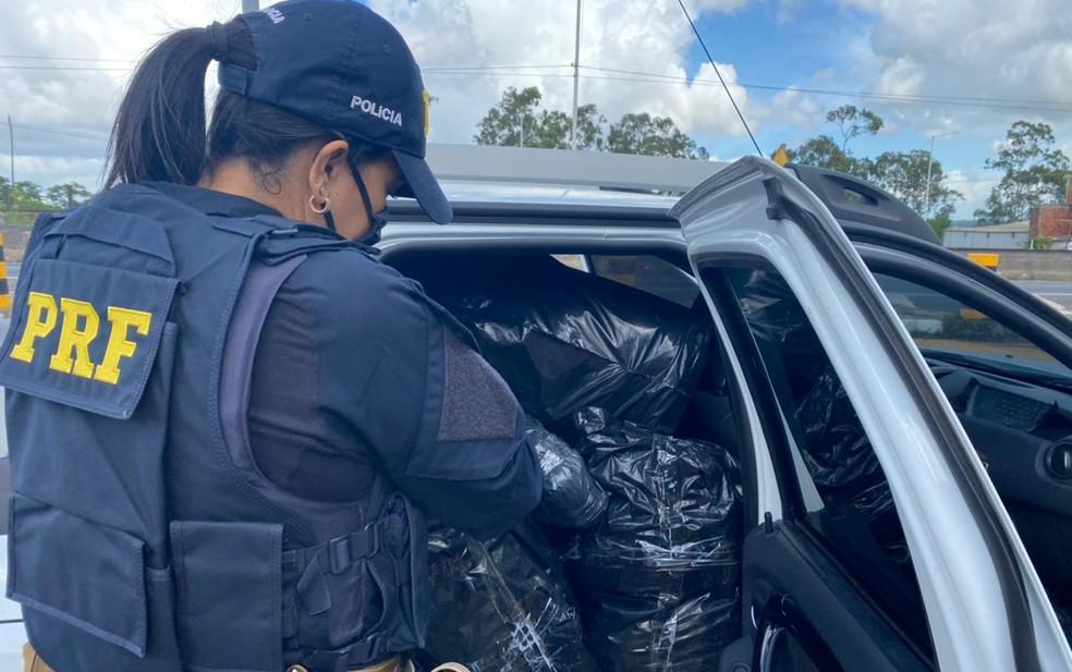 Droga encontrada estava pronta para consumo — Foto: Divulgação/PRF