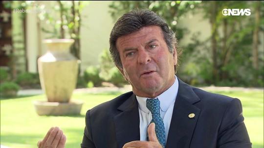 Roberto d'Avila: Luiz Fux explica decisão do STF de restringir foro privilegiado