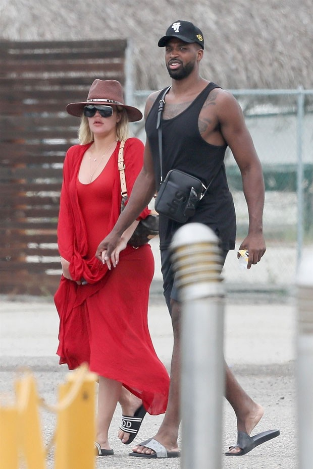 Khloe Kardashian e Tristan Thompson (Foto: Backgrid)