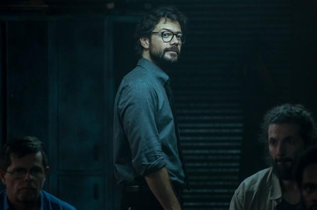 Álvaro Morte, o Professor, em cena da quarta temporada de 'La casa de papel' (Foto: Divulgação)