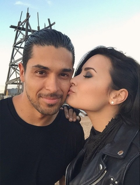 Wilmer Valderrama e Demi Lovato (Foto: Instagram)