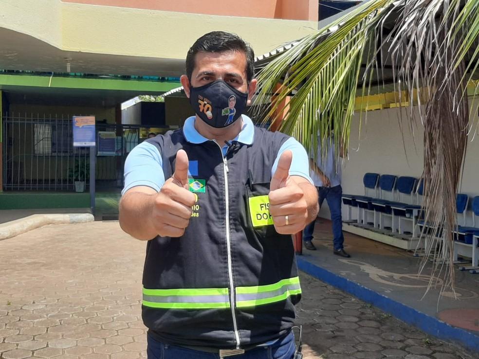 Eleição 2020: candidato Breno Mendes vota em escola de Porto Velho — Foto: Vanessa Mafra/Rede Amazônica