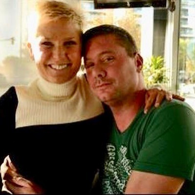 Xuxa e Herna Mondragon, fã de morreu ao encontrar a apresentadora (Foto: Reprodução / Instagram)