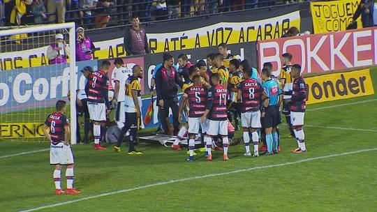 Zé Carlos recebe gancho por expulsão e desfalca Criciúma contra o Paysandu