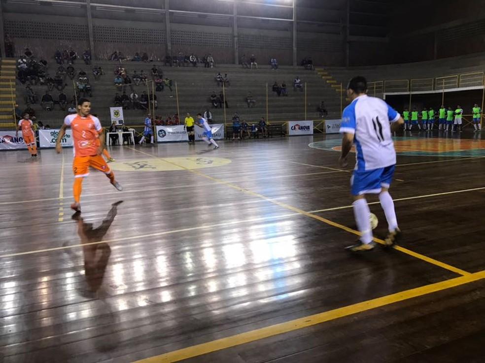 Ferreira Futsal x Salgadinho (Foto: Mário Flávio / GloboEsporte.com)