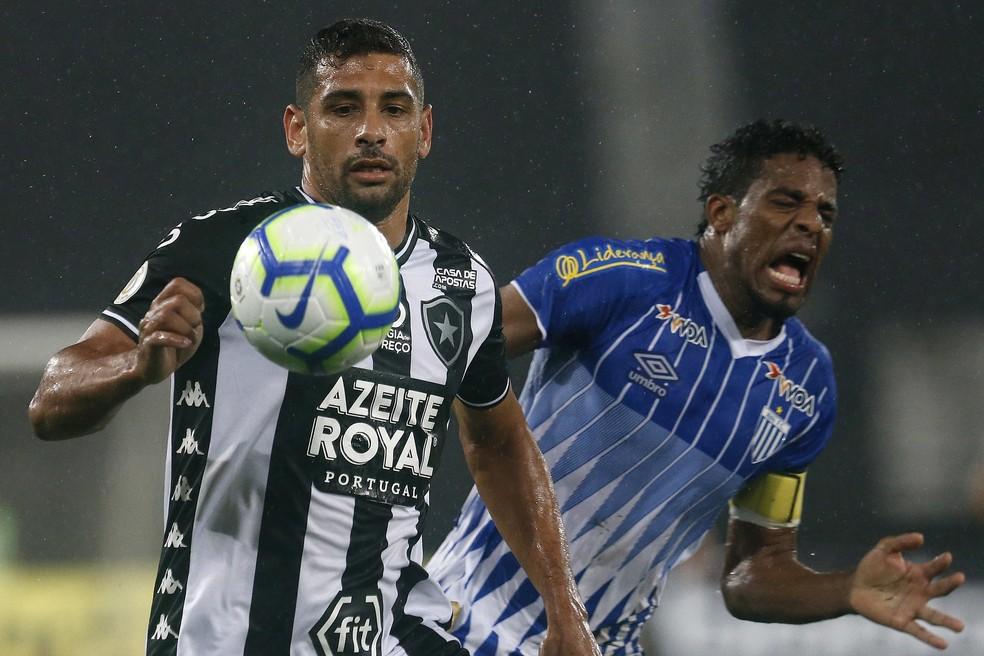 Diego Souza entra na mira do Santa Cruz  — Foto: Vítor Silva/Botafogo