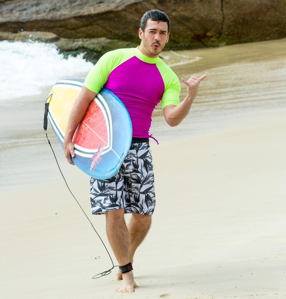 Marcos Veras fez aulas de surf para Verão 90 — Foto: Isabella Pinheiro/ Gshow