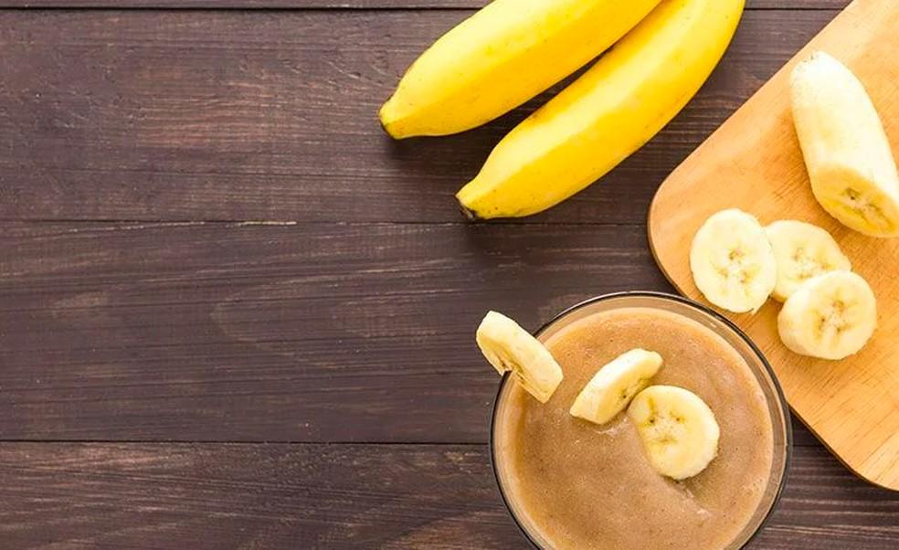 A banana é rica em potássio e uma grande aliada das dietas — Foto: Divulgação/Getty Images