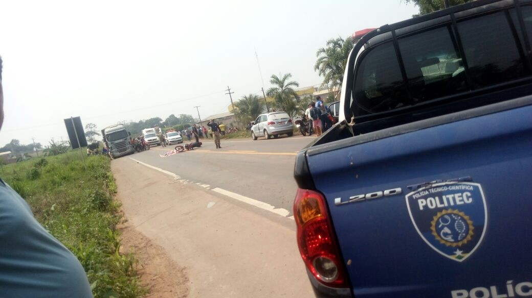 Mulher morre após ser atropelada por caminhonete na BR-364 em RO