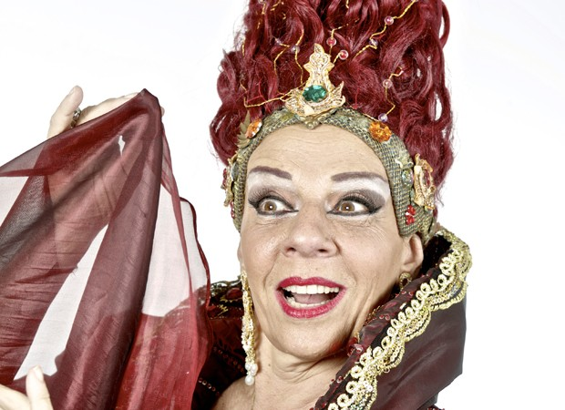 Rosi Campos caracterizada como a bruxa Morgana (Foto: Ary Brandi)