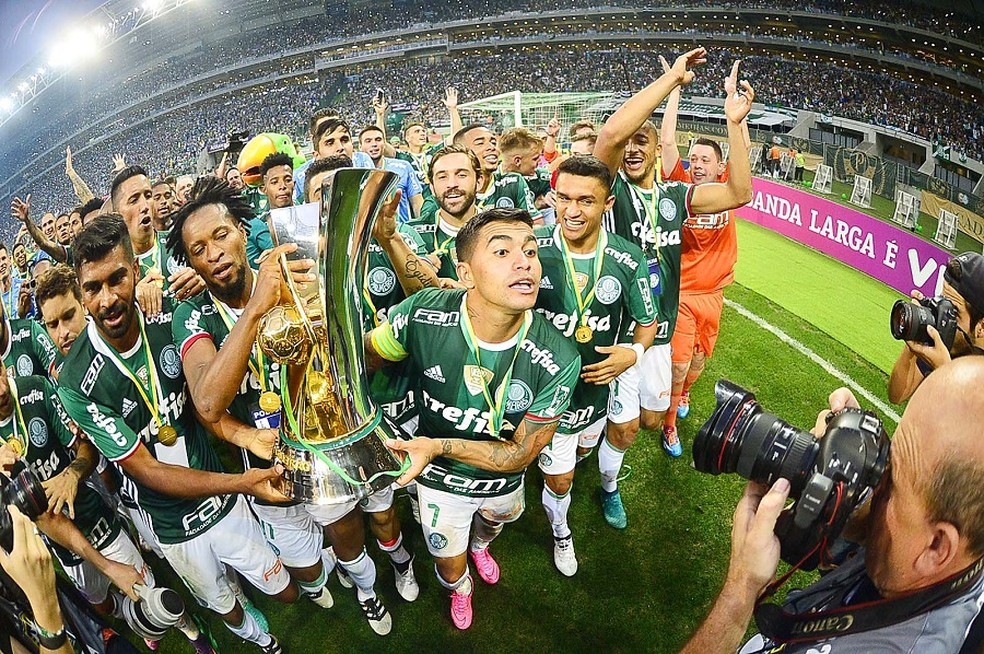 Palmeiras foi campeão brasileiro em 2016 com um segundo turno avassalador — Foto: Marcos Ribolli