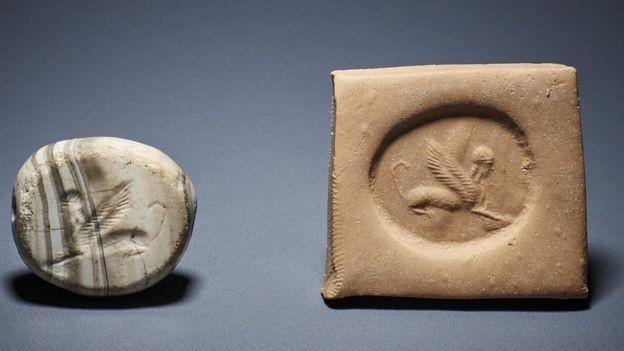 Os itens ficaram por anos em um depósito da Polícia Metropolitana, e foram levados ao Museu Britânico em 2018 (Foto: BRITISH MUSEUM)