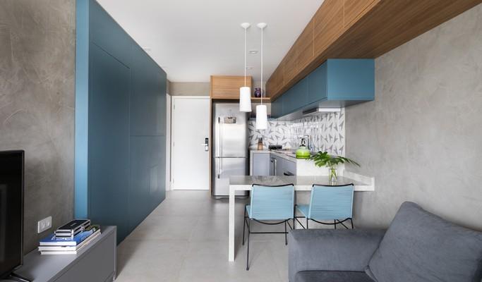 Apartamento de 42 m² tem alma carioca e marcenaria inteligente