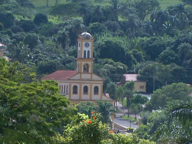 Igreja matriz de São Simão nos dias atuais (Foto: Reprodução/EPTV)