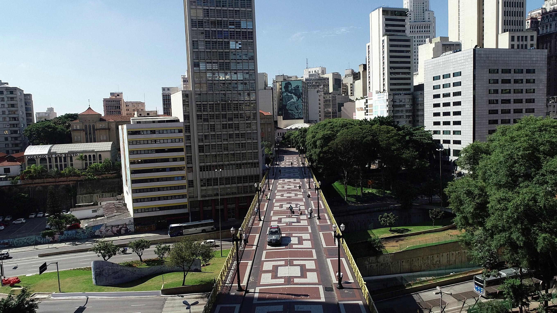 Prefeitura de SP pagará R$ 375 milhões por mês para manter empregos terceirizados