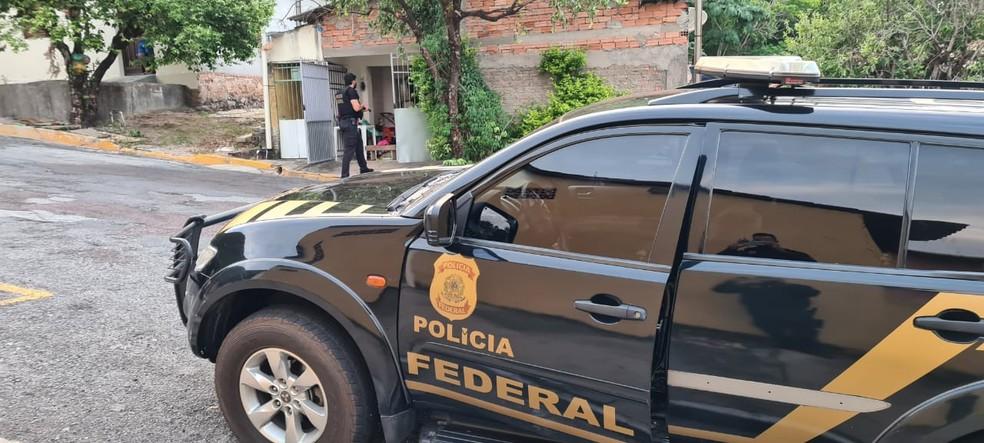 Operação 'Captura de Estado' cumpriu três mandados de busca e apreensão em desfavor de integrantes da facção criminosa — Foto: Polícia Federal de Mato Grosso