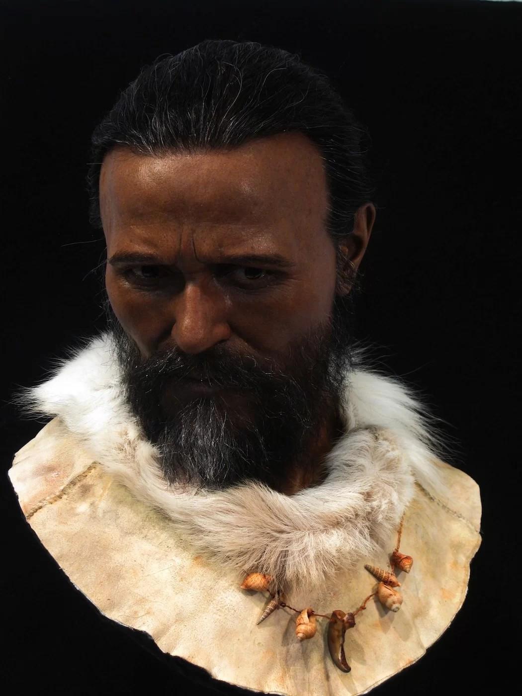 Face reconstruída do homem de Cro-Magnon, da França (Foto: Royal Pavilion & Museums; Brighton & Hove)