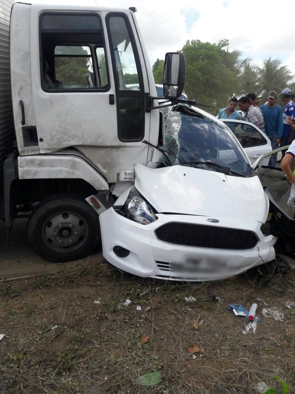 Homem morreu em acidente que aconteceu na Reta Tabajara, trecho da BR-304 na Região Metropolitana de Natal (Foto: PM/Divulgação)