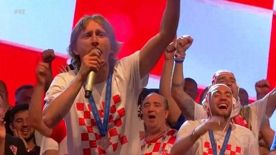 Dois campeões? Veja festa das torcidas francesa e croata após fim da Copa do Mundo