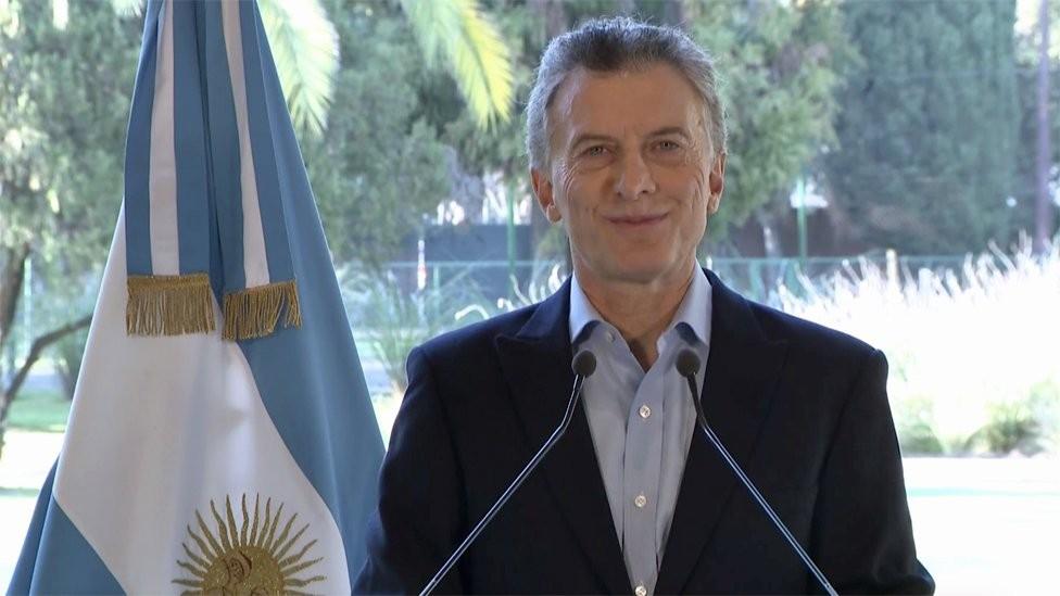 Macri tentou passar confiança. Acabou provocando o contrário (Foto: BBC)