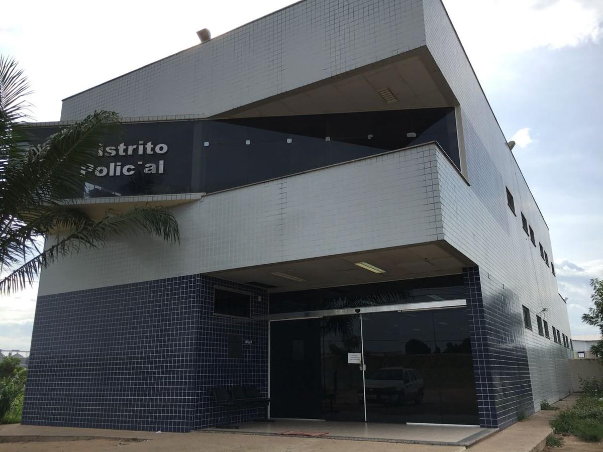 Cães farejadores da PM acham droga escondida em meio a entulho em Boa Vista