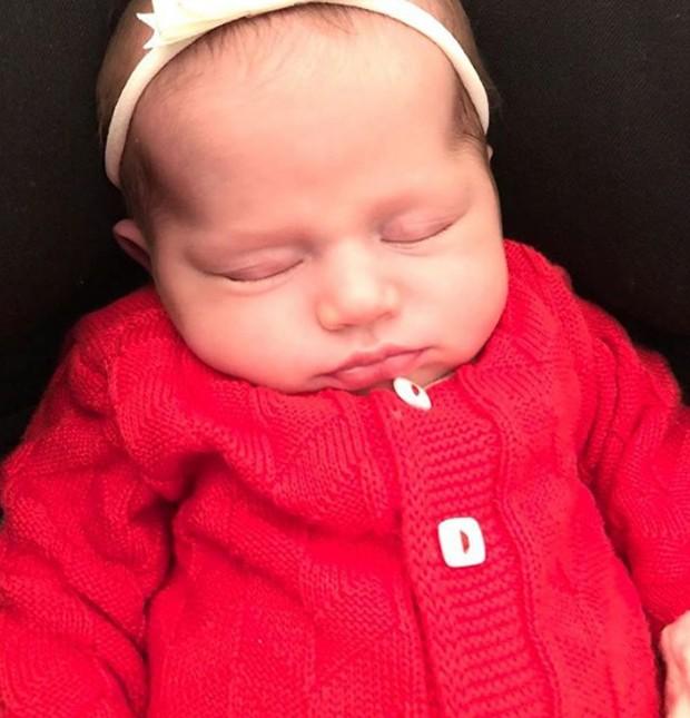 Stella, filha de Bella Falconi (Foto: Reprodução/Instagram)