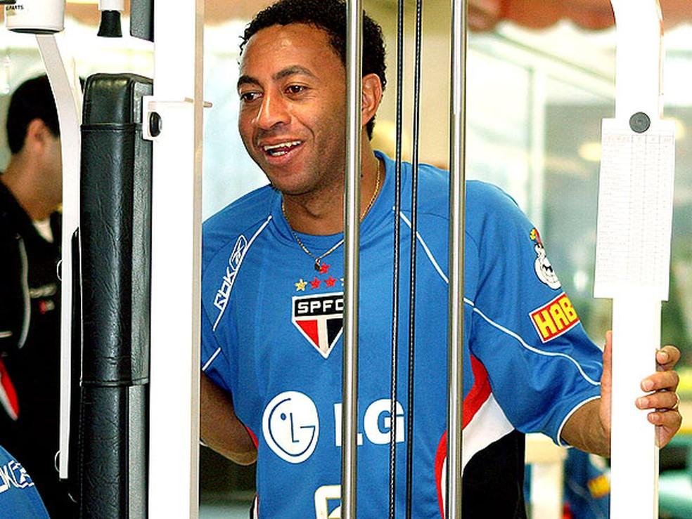 Junior jogou no São Paulo de 2004 a 2008 — Foto: Agência/VIPCOMM