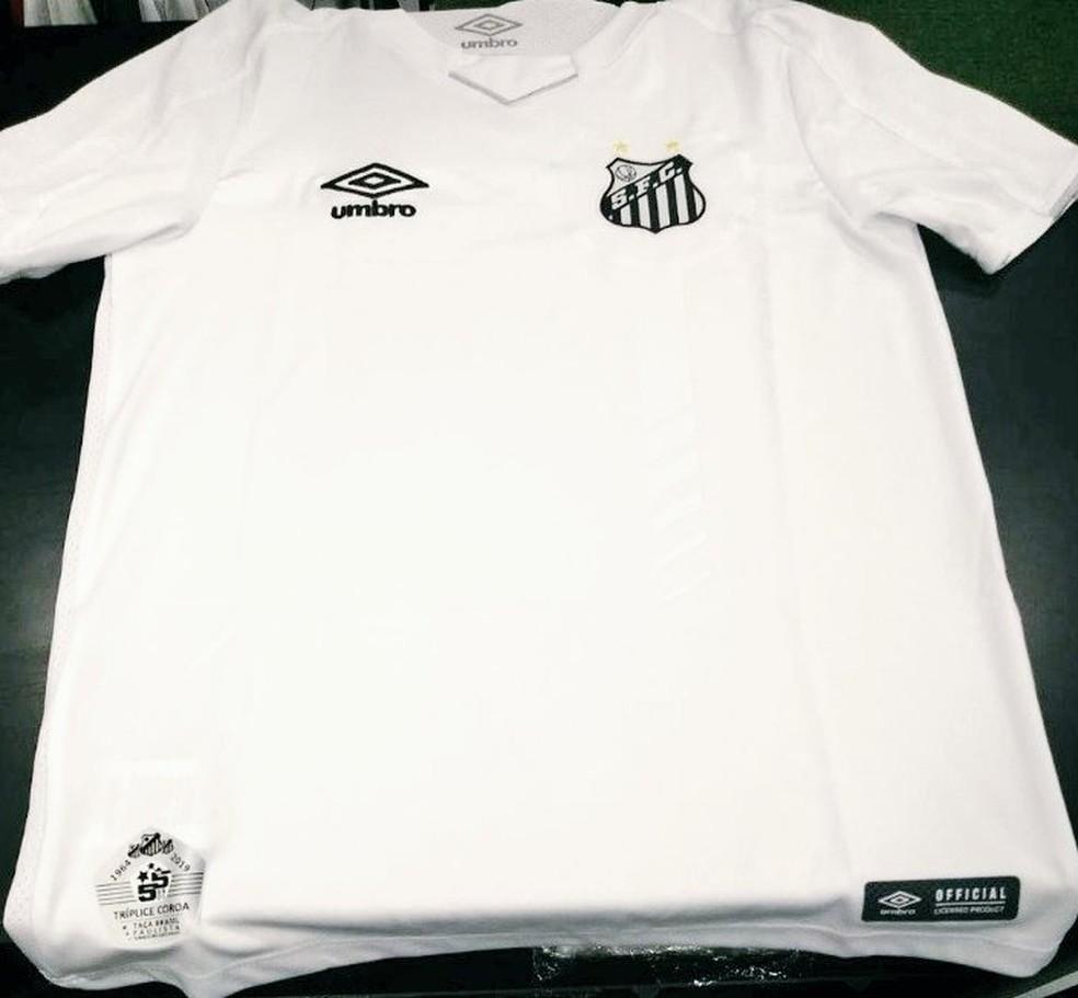 04031810e ... Novo uniforme 1 do Santos vaza nas redes sociais — Foto: Reprodução