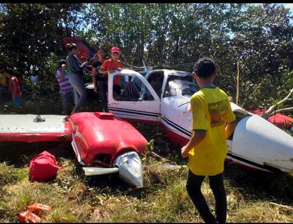 Avião caiu no interior do Amazonas — Foto: Divulgação/PM