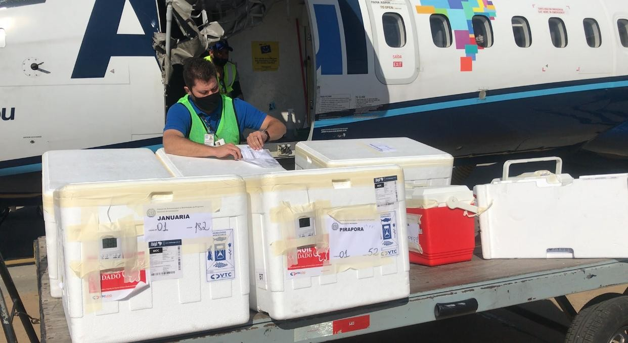 Norte de Minas Gerais recebe mais 40.500 doses das vacinas da AstraZeneca, Pfizer e CoronaVac