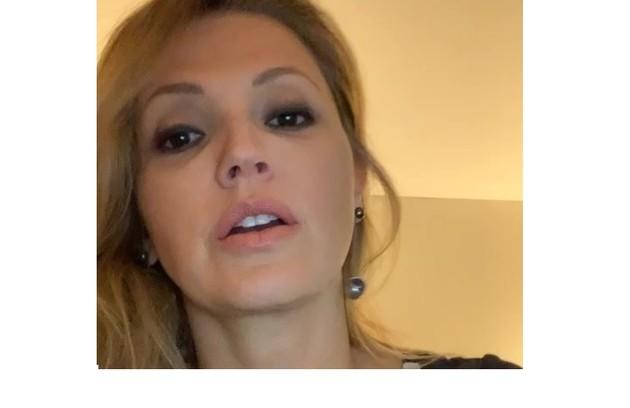 Patricia De Sabrit contraiu Covid na França: 'Fiquei sem paladar e sem olfato, tive dores leves no corpo e febre'. Ela já está recuperada (Foto: Reprodução)