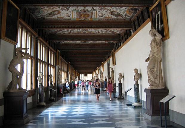 Hall de entrada da Galeria Uffizi, em Florença (Foto: Sailko/Wikimedia Commons)