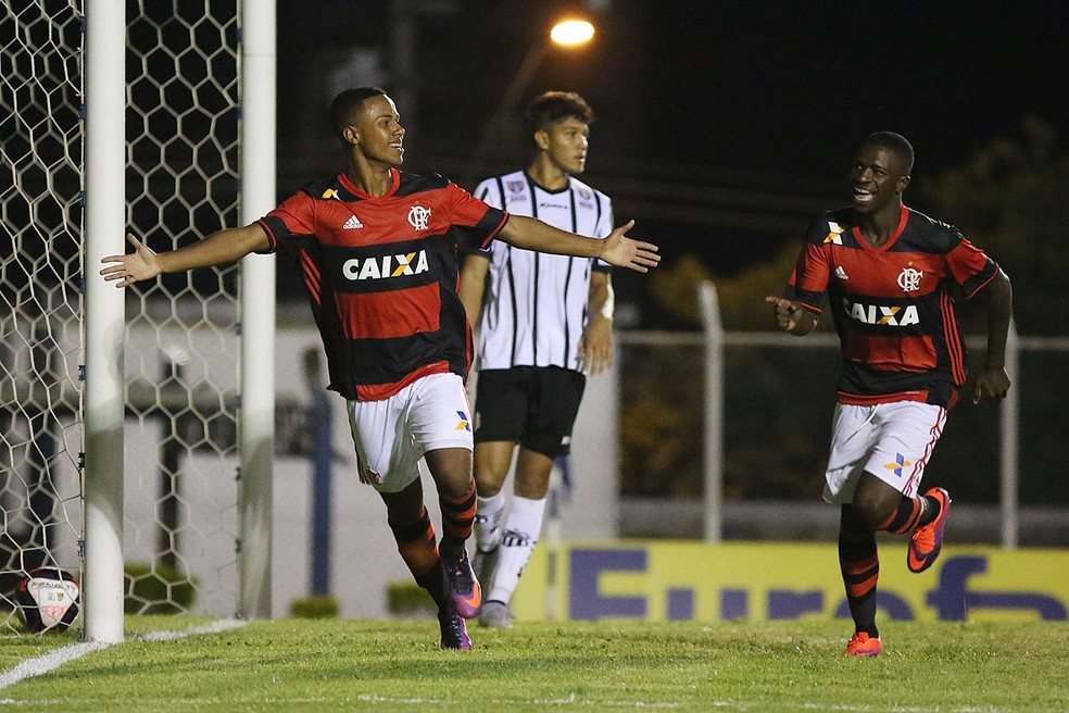 Gabriel Silva jogou com Vinicius Júnior nas categorias de base do Flamengo — Foto: Staff Images/Flamengo