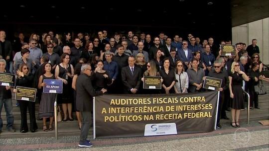 Auditores da Receita protestam contra interferência política