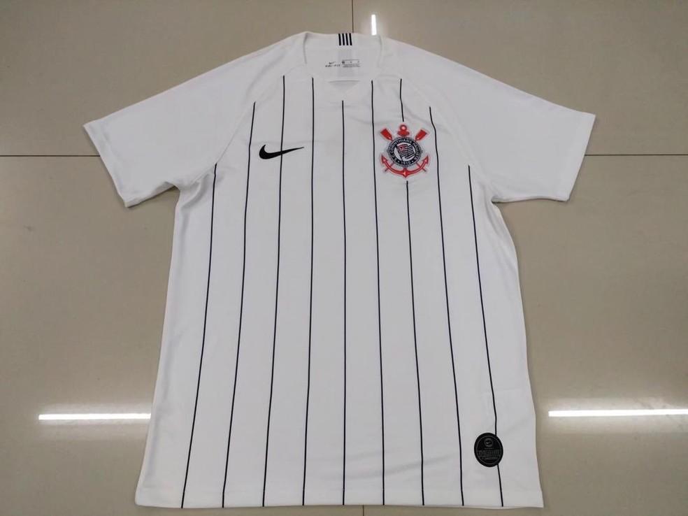 10c8967bad052 ... Suposta nova camisa do Corinthians vazou nas redes sociais — Foto   Reprodução