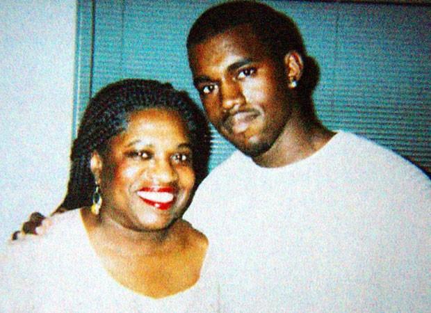 Kanye West e sua mãe (Foto: Reprodução)