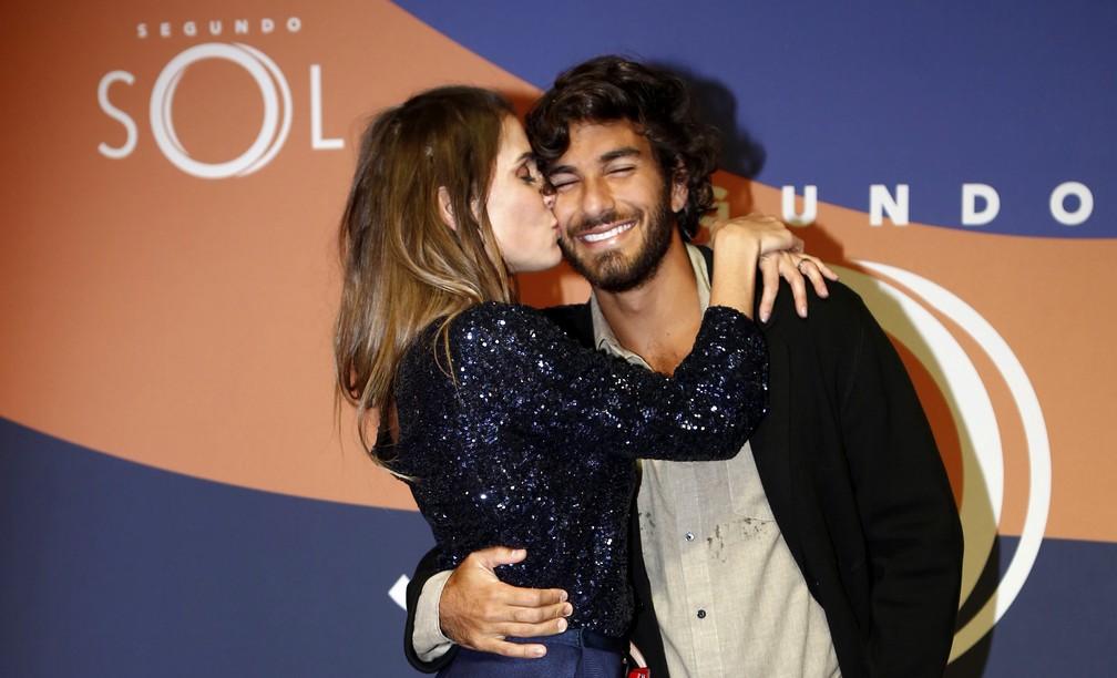 Deborah Secco e Hugo Moura (Foto: Artur Meninea/Gshow)