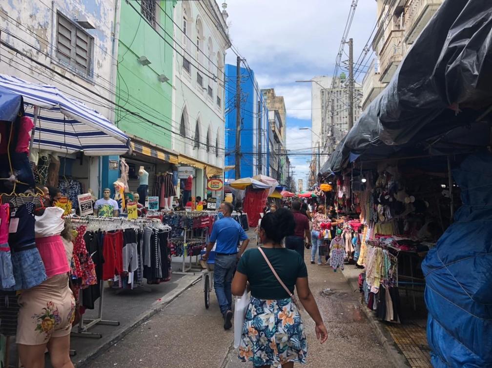 Comércio do Centro de Manaus reabre nesta segunda-feira — Foto: Matheus Castro/G1