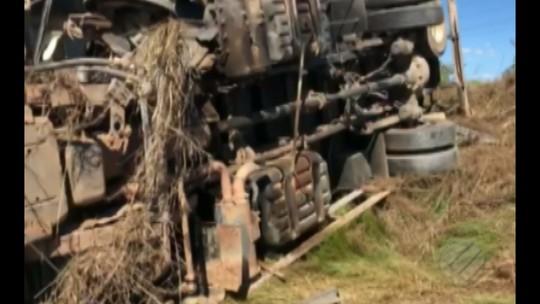 Caminhoneiro morre após colidir contra caçamba na PA-279, no sul do Pará