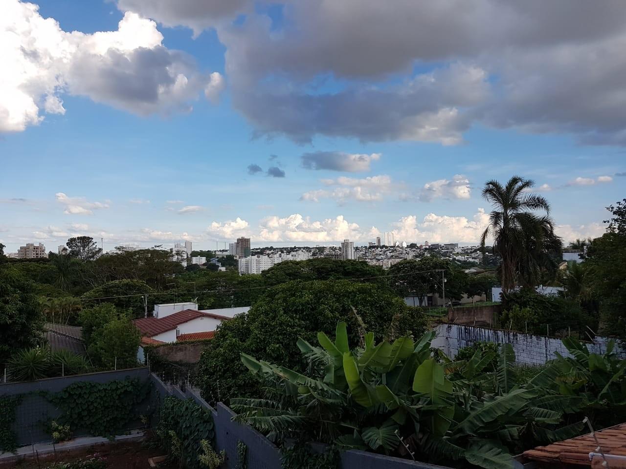 Março chega com pancadas de chuvas e altas temperaturas no Triângulo e Alto Paranaíba