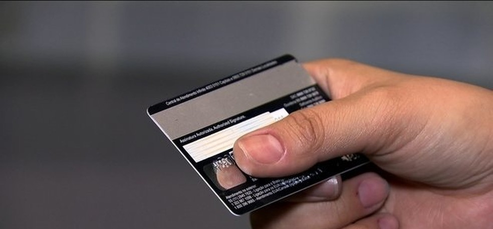 As fraudes foram descobertas em 2013 pela Operação Card Free, organizada pela Polícia Civil. — Foto: Reprodução/JN