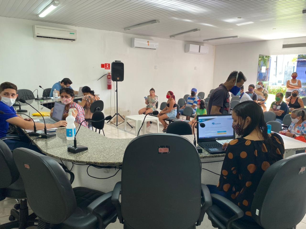População de Pindoretama pode se cadastrar para vacinação contra Covid no prédio da Câmara Municipal, na Grande Fortaleza
