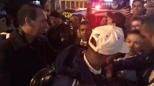 São Paulo é recebido com festa em Curitiba; Toró e Pato não viajam e são desfalques para técnico Cuca