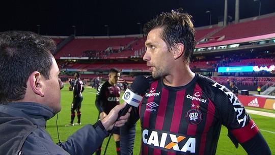 """""""A gente teve as melhores chances, mas não conseguimos aproveitar"""", lamenta Paulo André"""